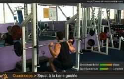 Squat à la barre guidée